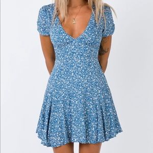 princess polly blue floral dress